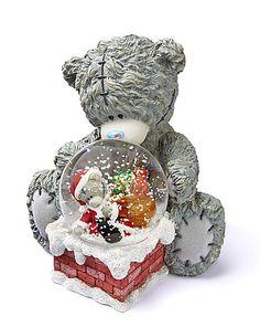 Afbeeldingsresultaat voor me to you beer met snow globes