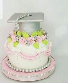 Graduación Girl College Graduation Cakes, Graduation Cookies, High School Graduation, Graduate School, Girl Cakes, Grad Parties, Party Planning, Baking, 30th