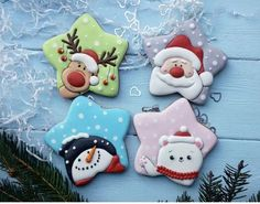 Cookies christmas ideas royal icing ideas in 2019 Christmas Sugar Cookie Recipe, Iced Cookies, Cute Cookies, Royal Icing Cookies, Holiday Cookies, Cookies Et Biscuits, Decorated Christmas Cookies, Royal Icing Decorated Cookies, Owl Cookies