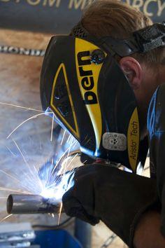 Moje oblíbené sváření / My favourite welding 🔥 #welding #svareni #brnoboy #czechboy #motorkapcai_1 #caferacer #blackcloud #handmade #motorcycle #helmet #hardwork #ilove #picoftheday  #instagood #instadaily