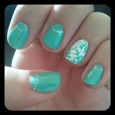My DIY snowflake nails...Added a little true Winter to the South #nails