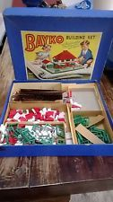 Vintage Construction Toys & Play Sets for sale Old Board Games, Vintage Board Games, Amazing Toys, Corgi Toys, Build Your Own House, Baby Boomer, Red Roof, Childhood Days, Odd Stuff