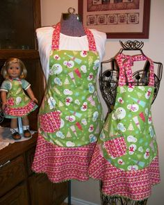 mommy & me & dolly aprons