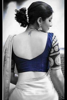 New Saree Blouse Designs, Simple Blouse Designs, Stylish Blouse Design, Bridal Blouse Designs, Chiffon Saree, Air Jordan 3, Designer Blouse Patterns, Sari, Saree Backless