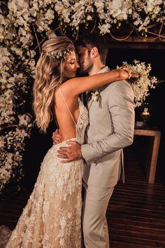 Wedding Pics, Wedding Goals, Chic Wedding, Destination Wedding, Dream Wedding, Wedding Dress Silhouette, Dusty Rose Wedding, Bride And Groom Gifts, Top Wedding Dresses