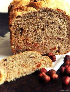 Recette bio : pain complet aux noisettes et au raisin à la MAP