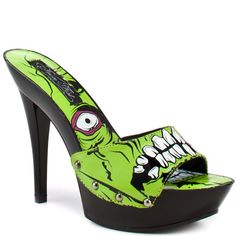Zombie shoes, classic! thats one scary shoe perfect for halloween