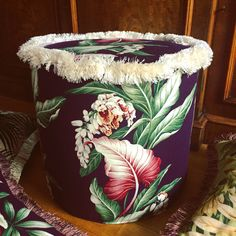 🌴 GATSBY 🌴 Throw an original Swing Party🦎wear period costumes, serve Martini Cocktails and Champagne Punch, tune to Glenn Miller, Benny Goodman and Louis Armstrong 🌴  Provide additional seating with TROPICAL POUFS, available @pineapplelanejb  pineapple-lane.de pineapplelane.tictail.com  #saygoodbyetogreige #letsflamingle #poufsandpilows