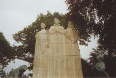 File:Towneley Park war memorial Burnley. Photo 3 by Phillip Medhurst 1992.jpg