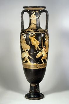 This vase was named after the Dutch stadtholder Willem IV. He was given the vase out of the estate of Frederic count De Thoms, an romantic adv. Ancient Greek Art, Ancient Greece, Ancient History, Greek Pottery, Trojan War, Big Vases, Black Figure, Greek Culture, In Ancient Times