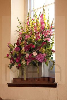 Summer Wedding Hot Pink and Lime window arrangement for church #flowers