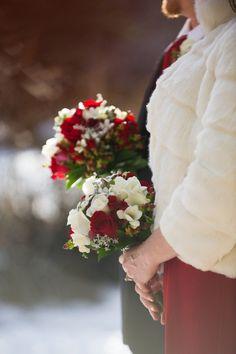 20 Winter Wedding Bouquets
