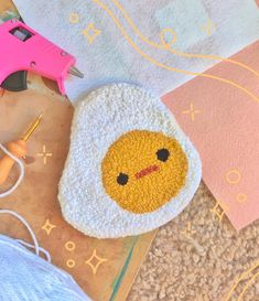 Yarn Crafts, Clay Crafts, Diy And Crafts, Arts And Crafts, Funky Rugs, Cool Rugs, Crochet Designs, Crochet Patterns, Punch Needle Patterns