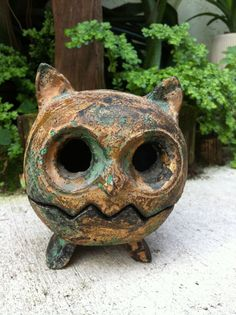 Vintage Cast Iron Owl  Featured On Major by VerdantLiving on Etsy, $175.00. I have this.
