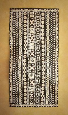 Fijian Masi (Tapa Cloths) - Tapa Cloths from The Pacific and Artwork Textiles, Textile Prints, Textile Design, Textile Art, Fabric Design, Tapas, Fiji Culture, Culture Travel, Afrique Art