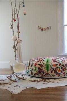 HOME & GARDEN: 50 idées pour mettre des poufs dans sa déco !