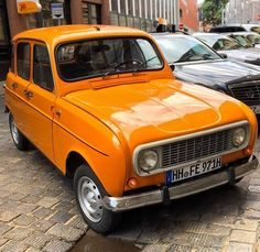 Automobile, Cars And Motorcycles, Vintage Cars, Motors, Classic Cars, France, Renault 4, Hipster Stuff, Tractor