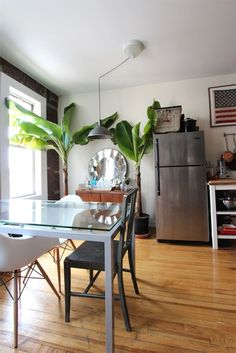 Name: Joey Krietemeyer, Senior Designer at 1stdibs.com, Antoni, and one very well loved Fiddle Leaf Fig Location: Clinton Hill, Brooklyn Size: 600 square foot studio Years lived in: 3 years; Rented Walking into Joey and Antoni's studio apartment is not like walking into other studios in New York. They have managed to create a home that feels open and spacious, but still has distinctly separate living areas. Details abound that catch the eye without cluttering up the space. Their home feels…