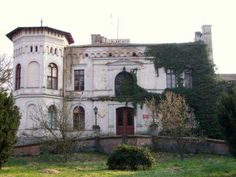 Palace in Melno, forgotten places in Poland.