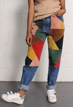 Fun geometric painted mom jeans. Perfect for outfits with a more colorful artsy vibe. Can be paired with different solid colored shirts and sneakers