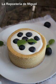 Tartaletas de Yogurt Cremoso y Arándanos   La Repostería de Miguel
