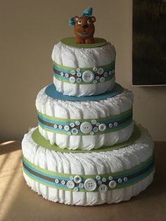 Diaper Cake: Buttons