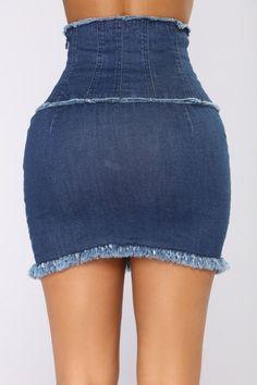 Hopelessly Devoted Mini Skirt - Dark Add an extension and make it a flare maxi skirt Long Denim Skirt Outfit, Denim Outfit, Camo Denim Jacket, Cropped Denim Jacket, Denim Fashion, Fashion Outfits, African Wear Dresses, Trendy Swimwear, Best Jeans