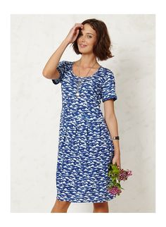 Braintree Azura dress in organic cotton Braintree Clothing, Blue Dresses, Summer Dresses, Fair Trade Fashion, Amazing Women, Beautiful Dresses, Organic Cotton, Short Sleeve Dresses, My Style