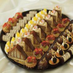 Creme de la Creme | Mini Desserts Trays