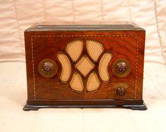Old Antique Wood Fada Vintage Tube Radio - Restored & Working Art Deco Table Top