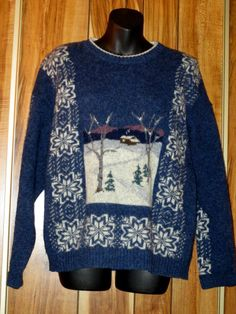 Woman's Woolrich Navy Winter Snow Scene Wool Crewneck SWEATER Size Large Now $19.87