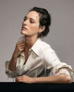 Phoebe Waller-Bridge, The Guardian Weekend Magazine. English Comedians, Female Comedians, Funny Women Quotes, Woman Quotes, Charlie Kelly, Pleasing People, Phoebe Waller Bridge, Star Actress, Andrew Scott