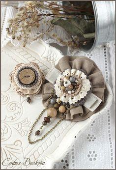 """Купить Броши """"Лен и бронза"""" - текстильная брошь, брошь с камнями, средневековье, винтаж, старинный"""