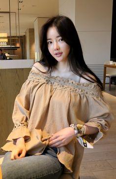 Korean Fashion Online Store 韓流 Trends Luxe Asian Women 韓国 Style Shop korean clothing Crimson Rose Dress Luxe Asian Women Design Korean Model Fashion Style Dress Luxe Asian Women Dresses Asian Size Clothing Luxury Asian Woman Fashion Style Fashion Style Clothing 韓国の服 韩国衣服 韓国スタイル 韩国风格,韓国ファッション, アジアンファッション. Fashion & Style & moda & Sexy dress Women fashion clothes #KoreanWomenFashion #KoreanWomenFashionOnline #韓流 #LuxeAsian #韓国Style #koreanstyle #koreanfashion