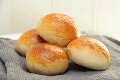 Honningboller - My Little Kitchen Little Kitchen, Hamburger, Food And Drink, Bread, Kitchen Small, Hamburgers, Breads, Baking, Buns