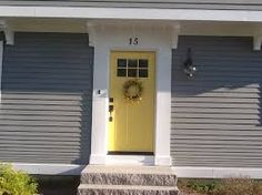 16 new Ideas front door colors with gray siding benjamin moore exterior paint Yellow Front Doors, Front Door Paint Colors, Exterior Paint Colors For House, Painted Front Doors, Paint Colors For Home, Exterior Colors, Grey Houses, Yellow Houses, Grey Exterior