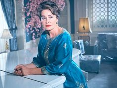 Inside the homes of Hollywood legends Bette Davis and Joan Crawford with FXs new show Feud