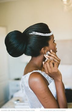 wow and wow!!! beautiful simple and dramatic bridal hair style