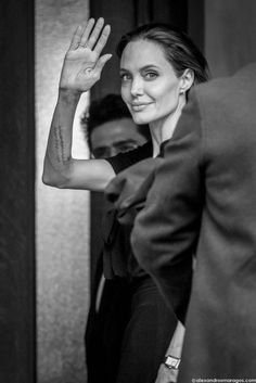 https://flic.kr/p/EUFFo5 | Angelina Jolie | Angelina Jolie (UNHCR Special Envoy for Refugee Issues) at the entrance of Maximos Mansion in Athens, Greece on March 16, 2016. © alexandrosmaragos.com | facebook | twitter