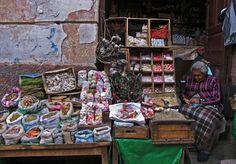 Mercado de las Brujas La Paz, Bolivia a place to shop for llama fetuses and dried frogs for Aymara rituals, as well as soapstone figurines and aphrodisiac formulas.