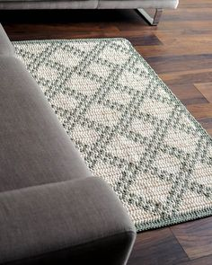 Carpet Runners By The Foot Lowes Referral: 9857149402 Crochet Rug Patterns, Mosaic Patterns, Crochet Stitches, Quilt Patterns, Crochet Carpet, Crochet Home, Diy Crochet, Diy Carpet, Rugs On Carpet