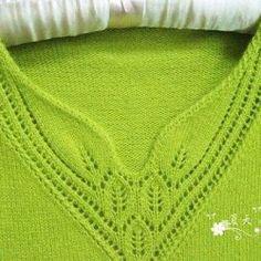 Inspiration - this is beautiful knitted neckline Easy Knitting, Knitting Stitches, Knitting Designs, Knitting Patterns Free, Stitch Patterns, Crochet Patterns, Crochet Girls Dress Pattern, Knit Cardigan Pattern, Bamboo Knitting Needles