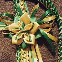 Double Braid Ribbon Lei With Flower Ribbon Lei, Diy Ribbon, Ribbon Work, Ribbon Crafts, Flower Hair Clips, Flowers In Hair, Fabric Flowers, Diy Graduation Gifts, Graduation Leis