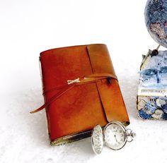 Midori de cuero falso hecho a mano, cuaderno de viaje vintage. Vintage Diy, Book Binding, Cuff Bracelets, Scrap, Bullet Journal, Ideas Para, Up, Jewelry, Blog