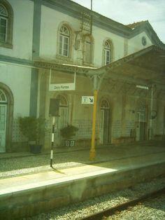 Estação ferroviária de Dois Portos