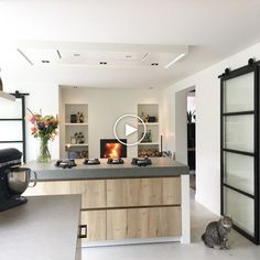 69 Ideas bedroom interior elegant fireplaces for 2019 Modern Kitchen Cabinets, Modern Kitchen Design, Kitchen Interior, Kitchen Decor, Woman Bedroom, Kitchen Collection, Trendy Bedroom, Home And Living, Home Kitchens