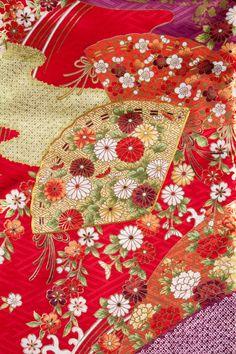 Kimono No:874 商品名:赤 古典扇柄