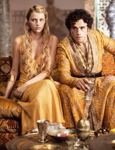 Nell Tiger Free & Toby Sebastian - playing Myrcella Baratheon & Trystane Martell - on Game of Thrones - Nell Tiger Free, Myrcella Lannister, Jaime Lannister, Dessin Game Of Thrones, Game Of Thrones Tv, Game Of Thrones Martell, Game Of Thrones Characters, Movies And Series, Hbo Series