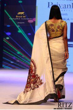Brʌɪd de'  Paarvati Kiriyath Bharath * Saraswathy Gopalakrishnan Bathik Buddha Collection Kerala Sari Onam Saree, Phulkari Saree, Kasavu Saree, Kerala Saree, Indian Bridal Wear, Indian Wedding Outfits, Indian Outfits, Indian Clothes, Set Saree