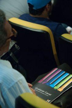 Plateia assiste à abertura da WoodWing Next Wave Tour 2012 - São Paulo, por Antonio Lapa, Diretor da EPYX Soluções Editoriais. Foto: Patrícia Bruni.